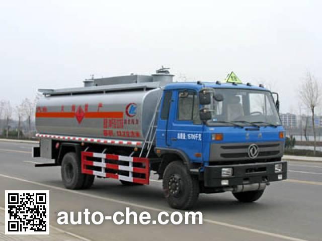 程力威牌CLW5163GYYT3运油车