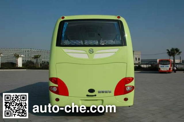 南骏牌CNJ6750LQDM客车