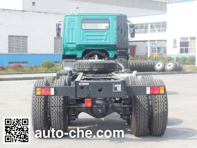 红岩牌CQ1316HMG42-466Z载货汽车底盘