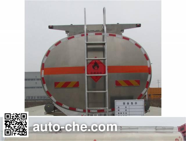 XGMA Chusheng CSC5252GYYB5A oil tank truck