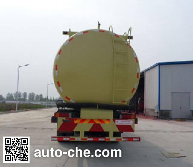 XGMA Chusheng CSC5311GFLD9 low-density bulk powder transport tank truck