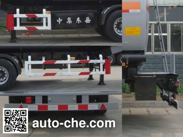 CIMC Liangshan Dongyue CSQ9403GYY oil tank trailer