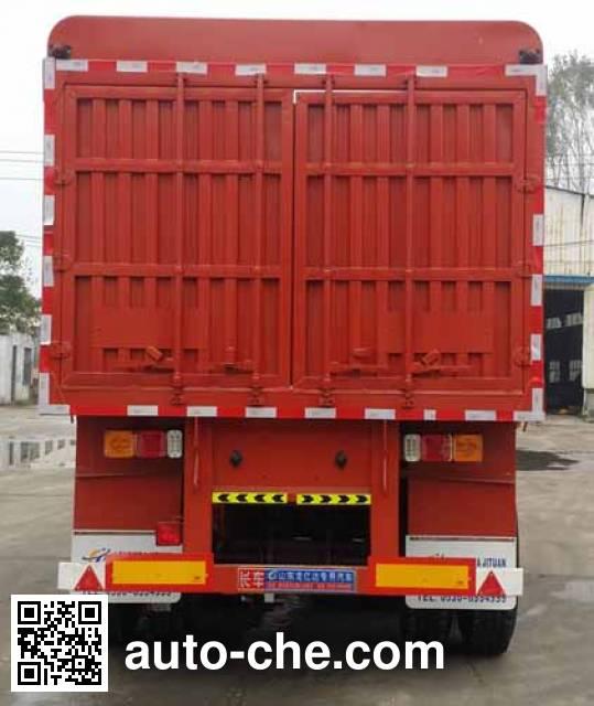 Longyida CYL9373CCY stake trailer