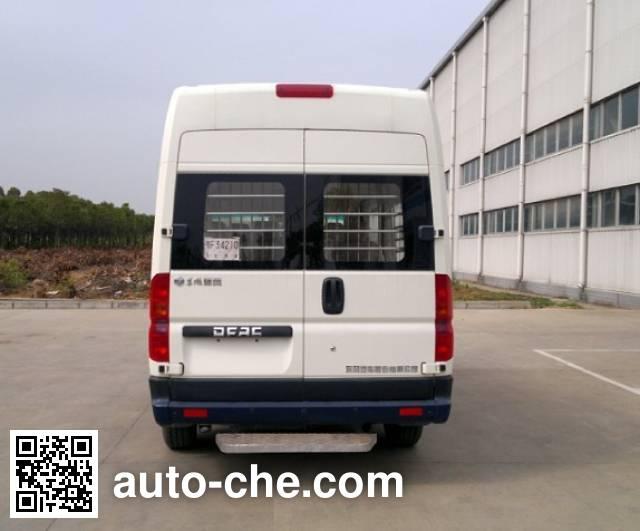Dongfeng DFA5040XQC3A1 prisoner transport vehicle
