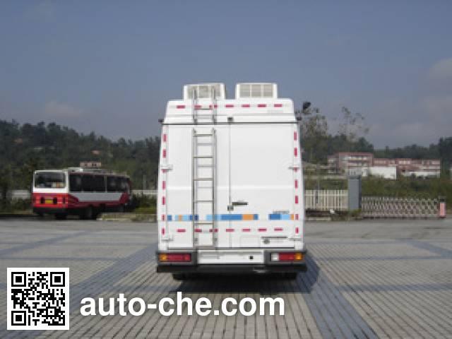 Dima DMT5071TZHTX communications command vehicle