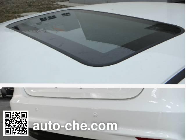 Luxgen DYM7182AMB5 car