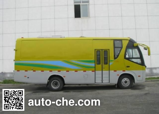 Dongfeng EQ5080XXY3G1 cargo and passenger van