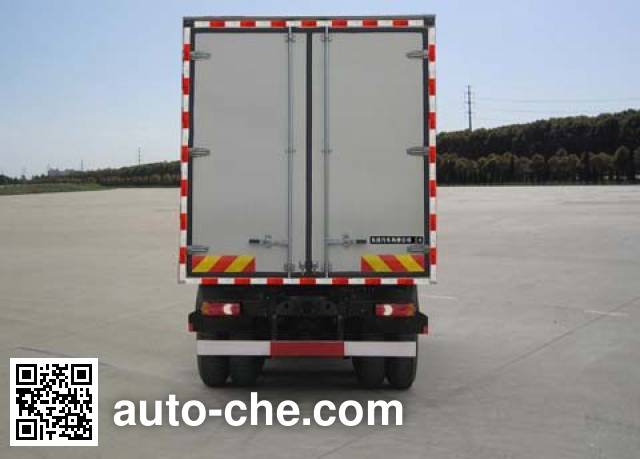 Dongfeng EQ5250XXYGZ4D1 box van truck