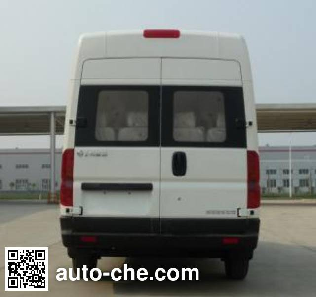 Dongfeng EQ6640CLBEV4 electric bus