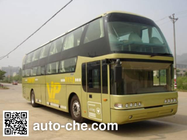 Fujian (New Longma) FJ6120WA4 luxury travel sleeper bus