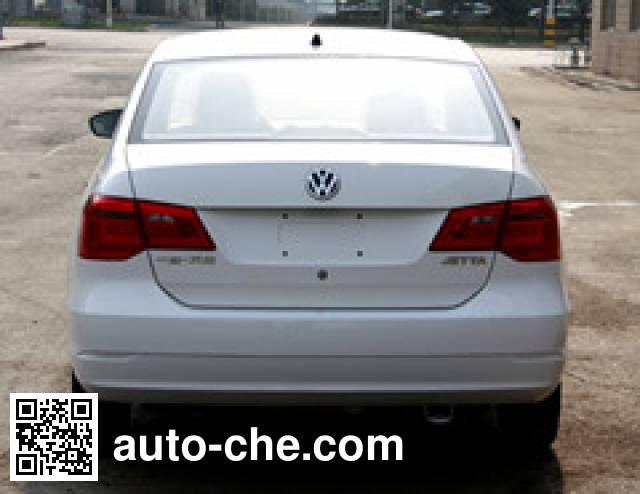 Volkswagen FV7160BBMGC dual-fuel car