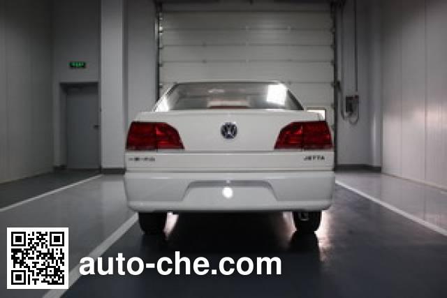 Volkswagen Jetta FV7160FCG dual-fuel car