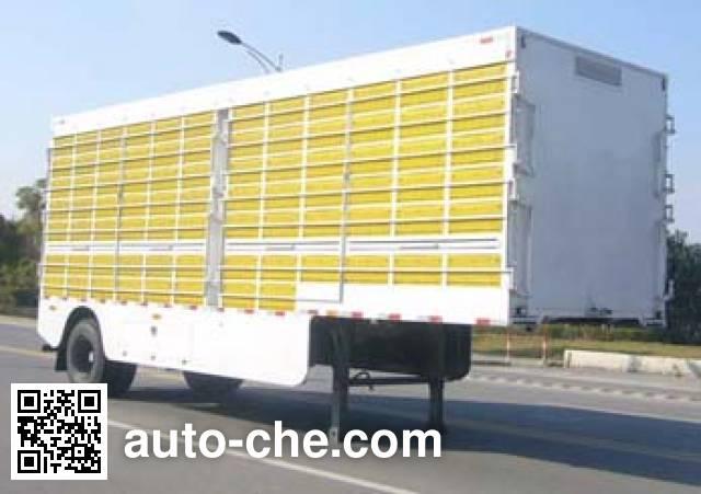 Huguang HG9143CCQ animal transport trailer