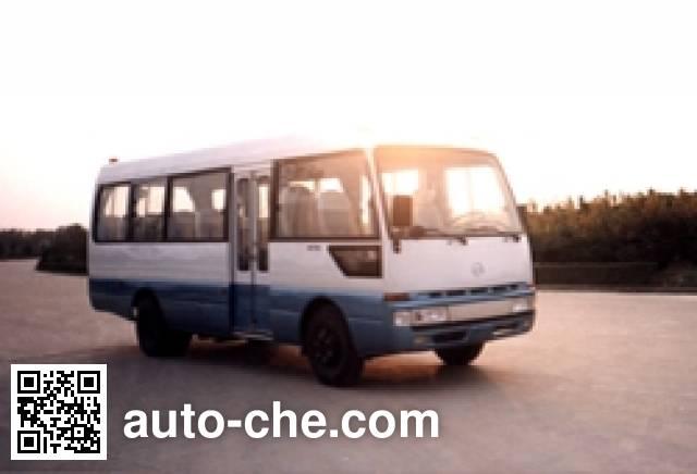 合客牌HK6730K客车