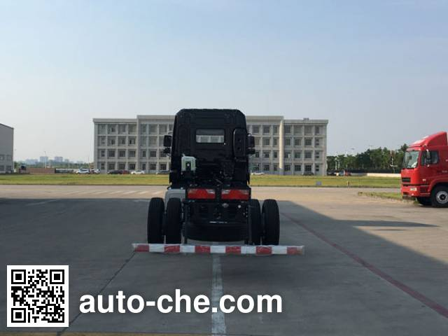 华菱之星牌HN5180XXYH27F1M5厢式运输车底盘
