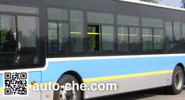 青年牌JNP6100GM豪华城市客车