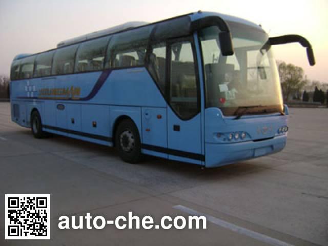 Young Man JNP6122M-1 luxury tourist coach bus