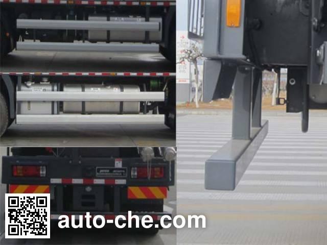 Jereh JR5383TYL fracturing truck