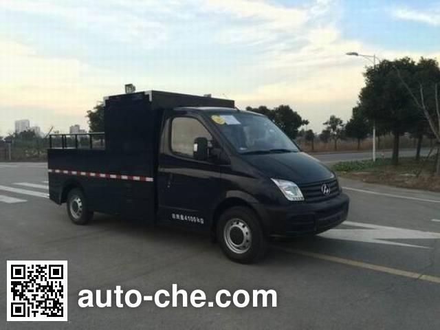 Shentan JYG5040XPB explosive ordnance disposal equipment transporter