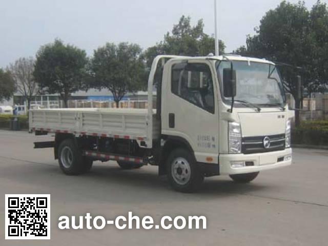 Kama KMC2042A33D5 off-road truck