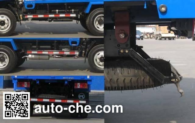 Kama KMC3040ZGC28D4 dump truck