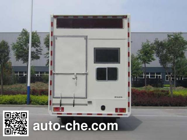 Kama KMC5042XDN33D4 mobile screening vehicle