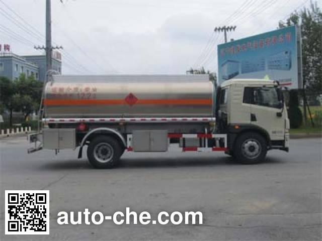 Luping Machinery LPC5160GYYC5 oil tank truck