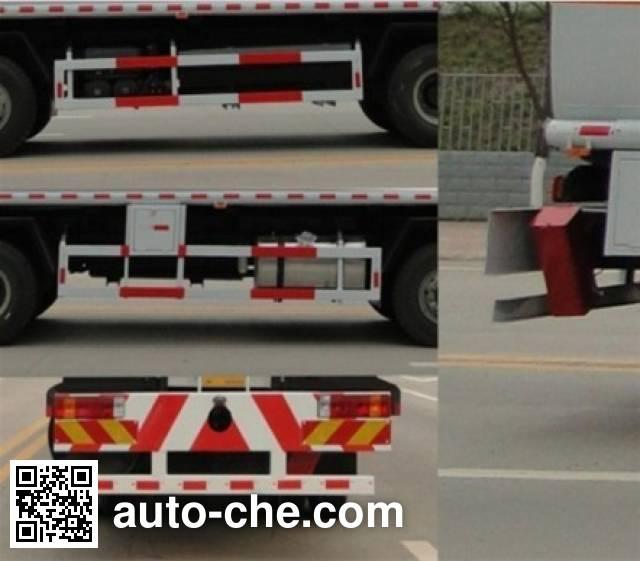 Xiongmao LZJ5311GRYCA2 flammable liquid tank truck