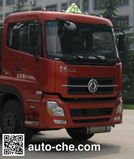 Xiongmao LZJ5311GRYD1 flammable liquid tank truck
