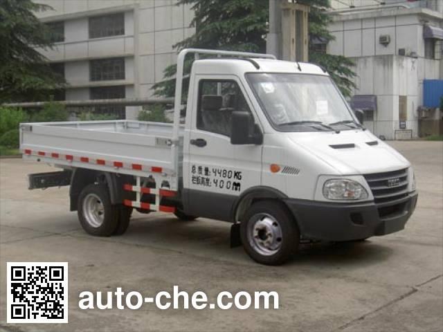 Iveco NJ1044CCCZ truck