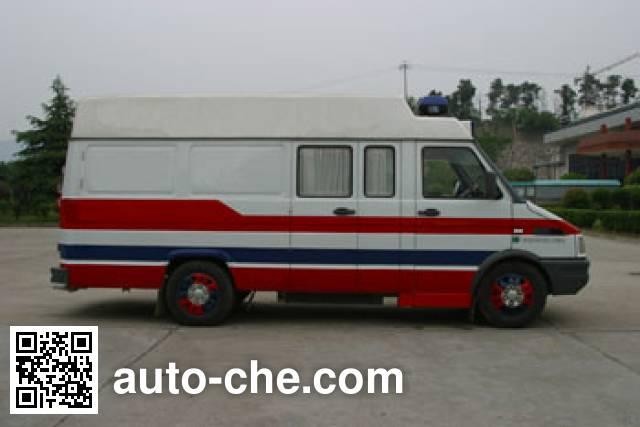 Iveco NJ5044XJHA-1 ambulance