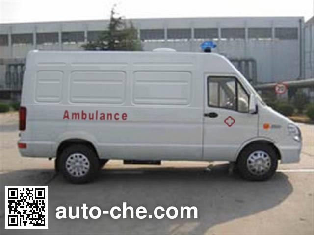 依维柯牌NJ5044XJHDD救护车