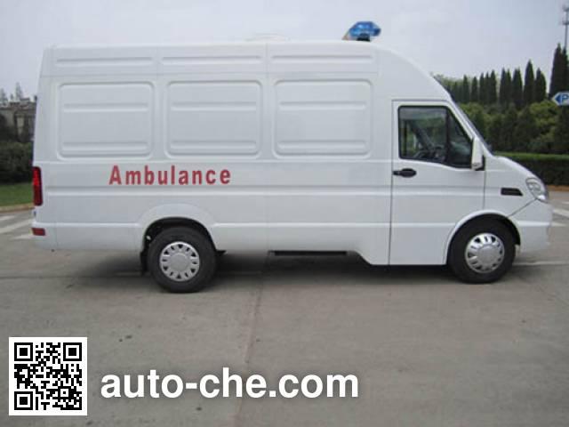 依维柯牌NJ5044XJHFD救护车