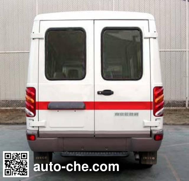Iveco NJ5044XJHQC ambulance
