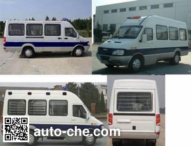 Iveco NJ5044XQCC prisoner transport vehicle
