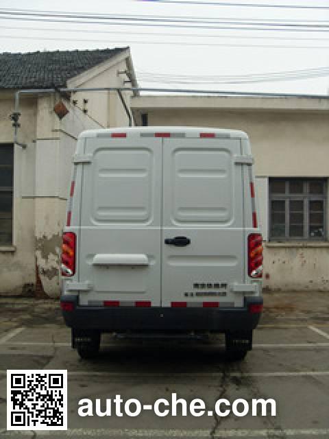 Changda NJ5049XLC4B refrigerated truck