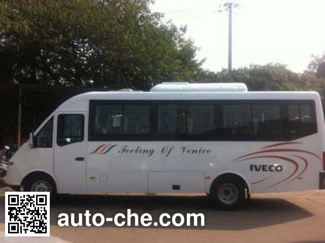 Iveco NJ6765LC1 bus