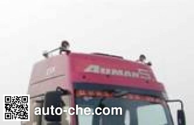 Jinbi PJQ5253GYY oil tank truck