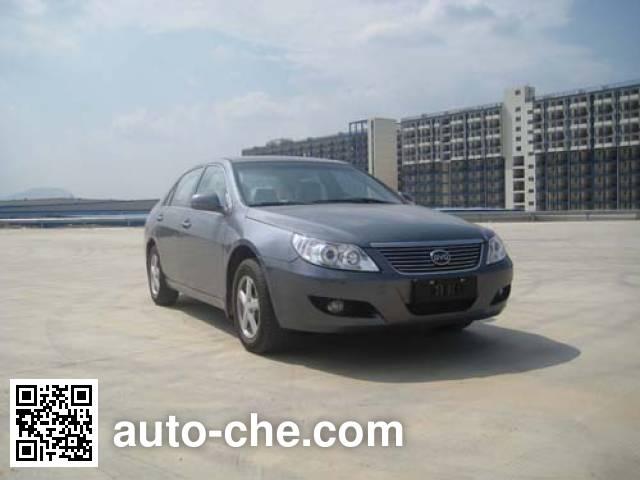 BYD QCJ7200E3/CNG dual-fuel car