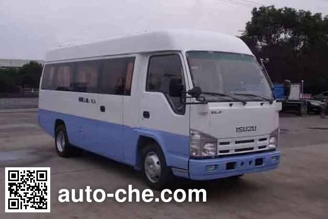 Isuzu QL65903HAR универсальный автомобиль