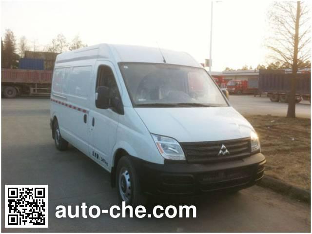SAIC Datong Maxus SH5041XXYA7BEV-D electric cargo van