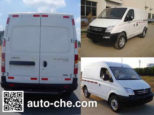 SAIC Datong Maxus SH5034XXYA6D4 box van truck