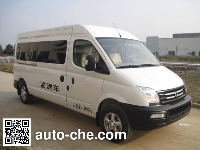 SAIC Datong Maxus SH5041XJEA2D5 monitoring vehicle