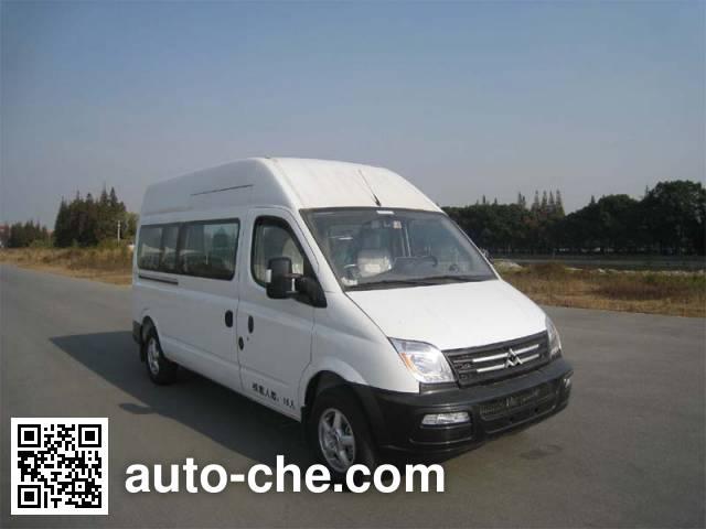 大通牌SH6571A3D4-N客车