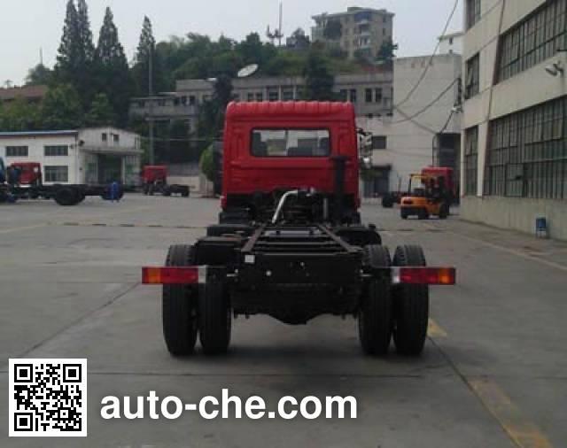十通牌STQ1251L15Y2D4载货汽车底盘
