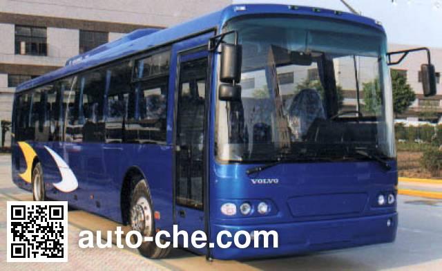 Volvo SWB6122 employee bus
