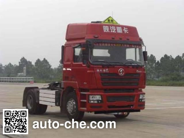 Shacman SX4188NR361TLW dangerous goods transport tractor unit