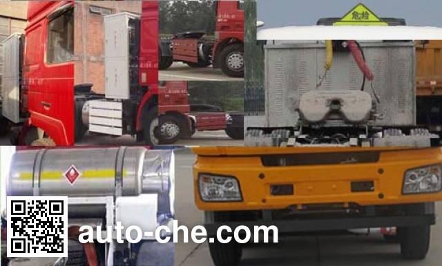 Shacman SX42584V384TLW1 dangerous goods transport tractor unit