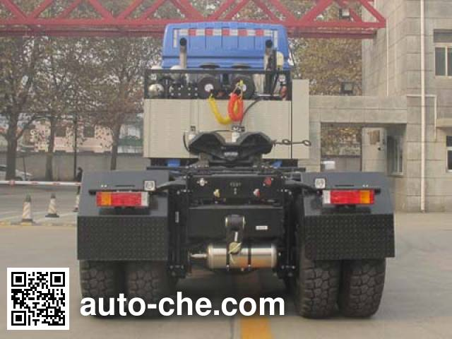 Shacman SX4500 heavy-duty tractor unit