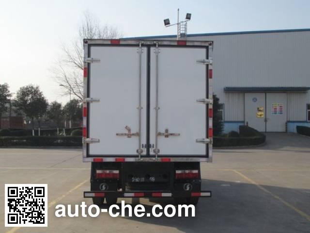 Shacman SX2040XXYGP5 cross-country box van truck